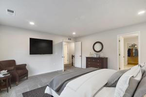 Deerfield Home with 4 Bedrooms